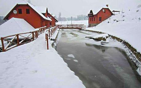 Zimní dovolená pro dva v penzionu Dočkalův mlýn, snídaně, večeře, zapůjčení běžek, saní, bobů.