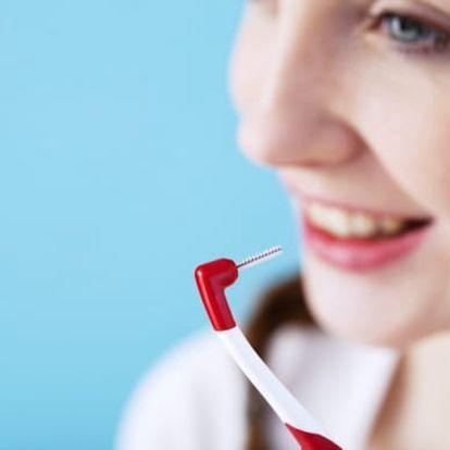 60minutová dentální hygiena s vyšetřením, leštěním zubů a možností fluoridace na Praze 10