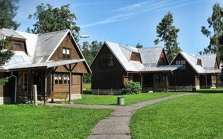 3–6denní pobyt s polopenzí a bowlingem v bungalovu střediska Retaso na Valašsku pro 2