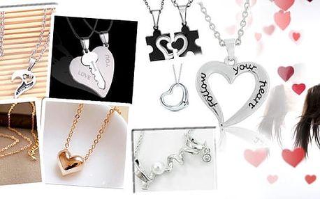 Nádherné valentýnské náhrdelníky, vybírejte pro svou milou nebo si pořiďte náhrdelníky pro oba, dejte si najevo, že k sobě patříte a perfektně k sobě zapadáte jako puzzle nebo darujte klíček k vašemu srdci. Vybírat můžete z několika modelů, poštovné v cen
