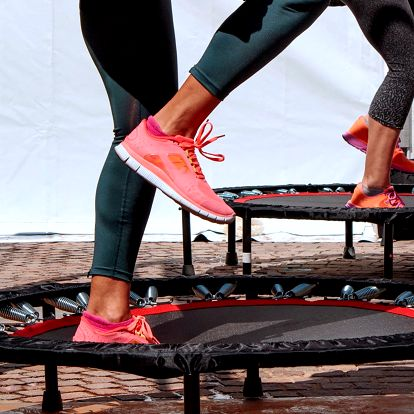 2 lekce zábavného a efektivního fitness cvičení
