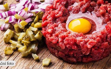 Hovězí tatarský biftek pro dvě osoby + 10 topinek