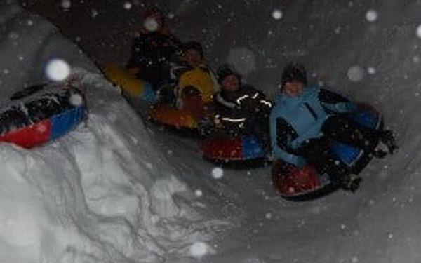 Snowtubing Rokytnice - zábava a adrenalin na sněhu pro rodiny i kamarády3