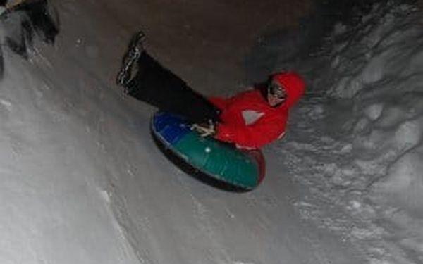 Snowtubing Rokytnice - zábava a adrenalin na sněhu pro rodiny i kamarády5