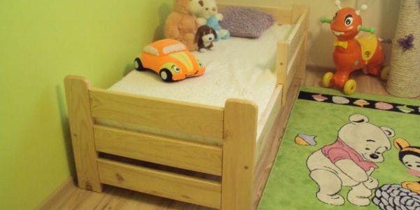 Dětská postel Medvídek z masivu 80x160 borovice borovice2