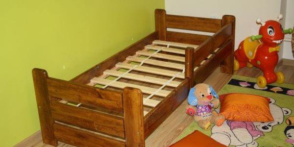 Dětská postel Medvídek z masivu 80x160 borovice borovice3