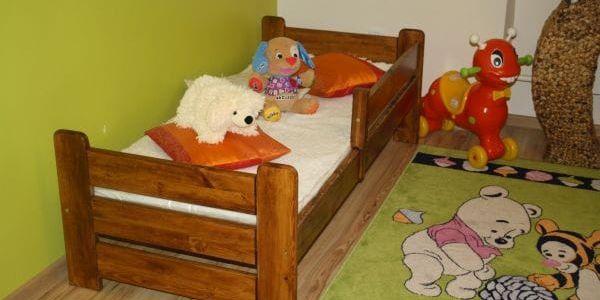 Dětská postel Medvídek z masivu 80x160 borovice borovice5