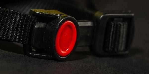 Unisex cyklistická helma R2 WIND ATH01L Neon žlutá M - 56-58c3