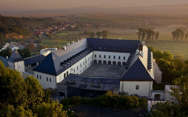 Hotel Grand Vígľaš