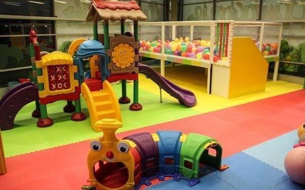 Hodina nebo celý den lumpačení v dětském zábavním centru Amazonie2