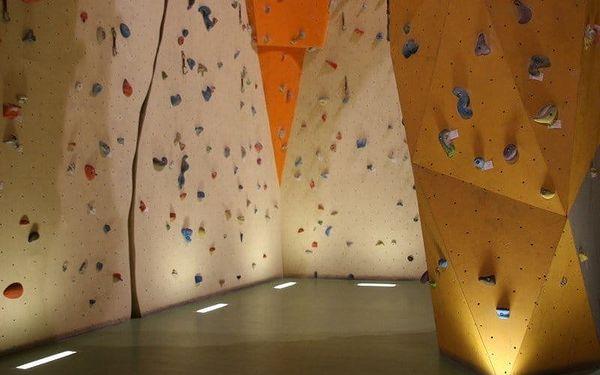 Vstup pro dva nebo neomezená permanentka na lezeckou stěnu na prázdniny2