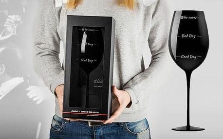Obří sklenice na víno Who Cares?