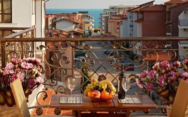 7–9denní pobyt u moře pro 4 osoby v hotelu Stanny Court v bulharském Nesebaru2