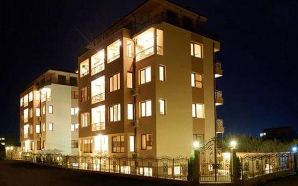7–9denní pobyt u moře pro 4 osoby v hotelu Stanny Court v bulharském Nesebaru3