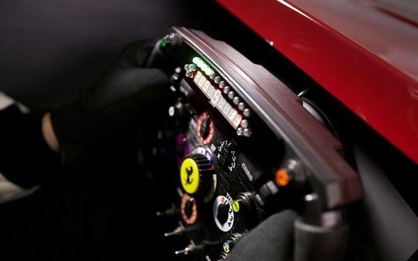 Závodní simulátor Formule 12