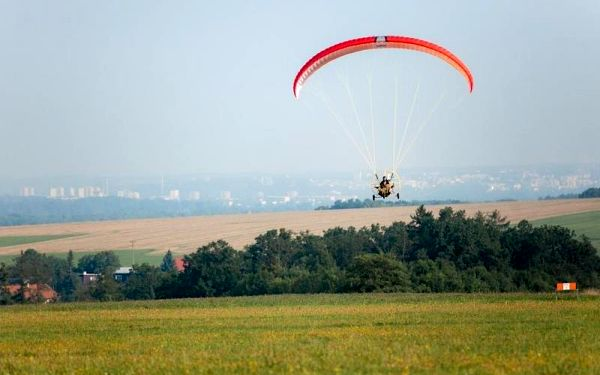 Motorový paragliding3