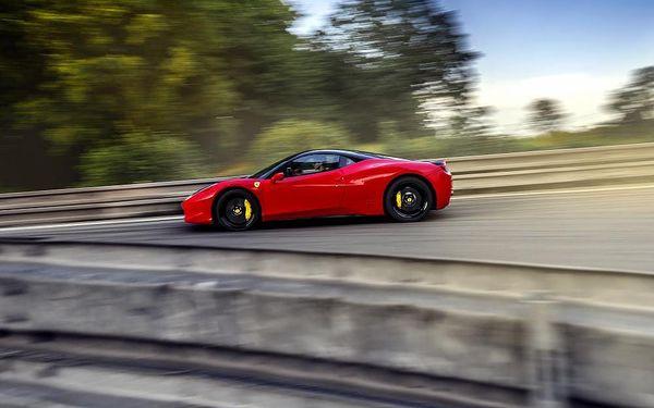 Jízda ve Ferrari 458 Italia na Moravě3