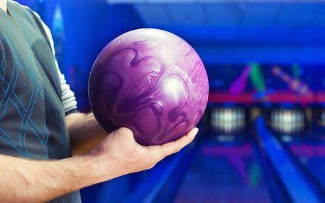 Hodina bowlingu až pro 6 osob v Bowling U Papírny v Plzni