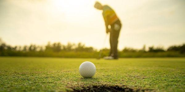 Na den golfistou: lekce s trenérem vč. vybavení