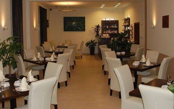 Lotos restaurant