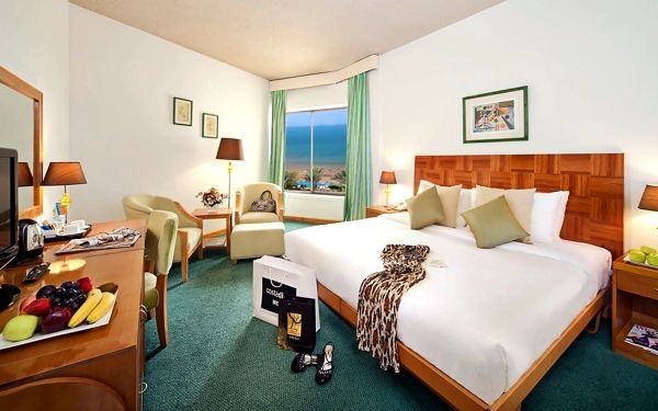 Hotel Bm Beach Hotel