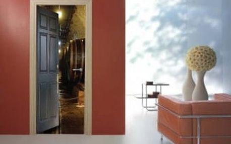 Živá dekorace na Dveře - sudy vína