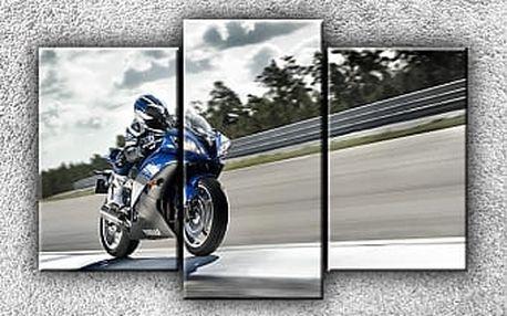 Závodní Yamaha 3