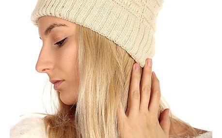 Pletená čepice s kamínky krémová