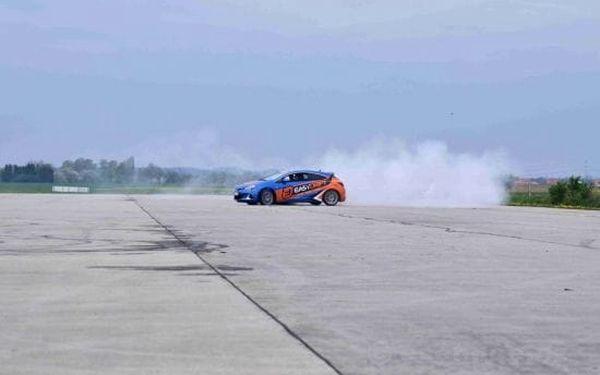 Driftování na letišti2