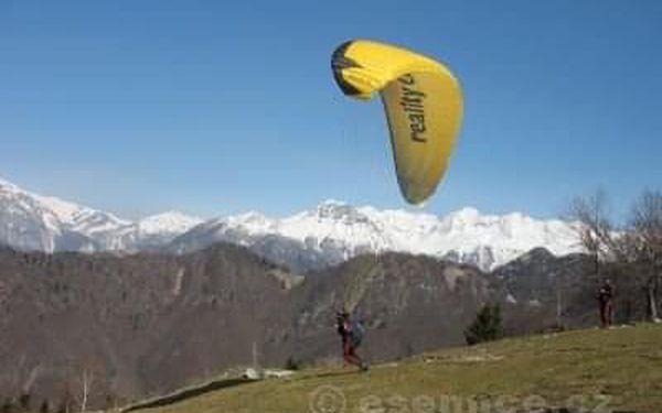 Tandem paragliding2