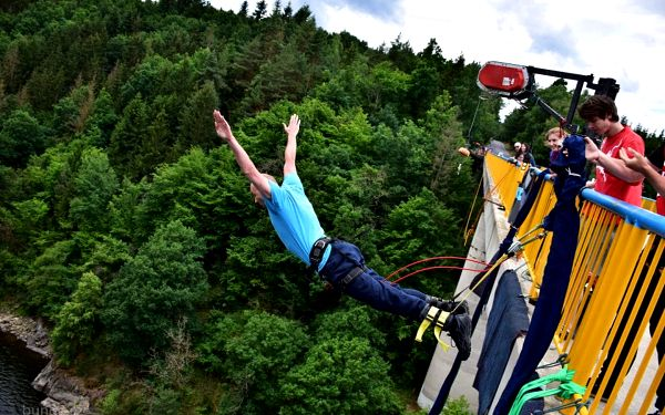 Bungee Jumping Zvíkov3