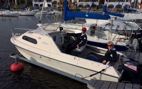 Motorový člun na Lipně4