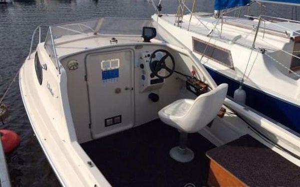 Motorový člun na Lipně5