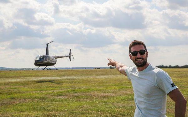 Let vrtulníkem R44 nad Brněnskou přehradou, 20 minut letu + příprava, počet osob: 1 osoba, Brno Tuřany (Jihomoravský kraj)3