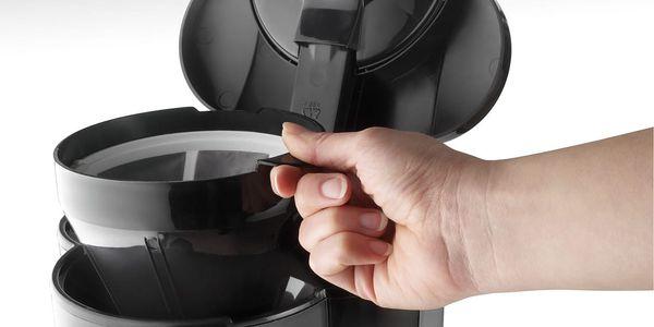 Kávovar DeLonghi ICM ICM2.1B černý4