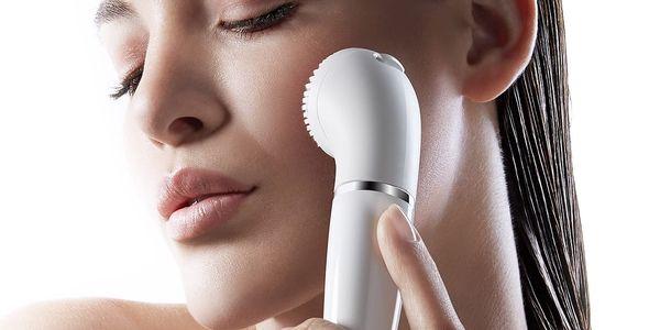 Obličejový epilátor Braun Face 831 bílý + dárek Příslušenství Braun Face 80B bílé v hodnotě 599 Kč3