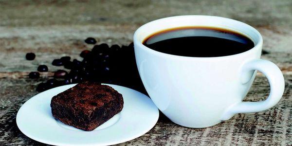 Kávovar Electrolux EKF3300 černý5
