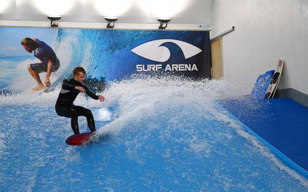 Indoor surfing v Surf Areně, 1 hodina + instruktáž, počet osob: 1 osoba, Praha (Praha)5