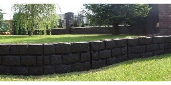 Zahradní palisáda obrubník lem trávniku 2,2 m šedá4