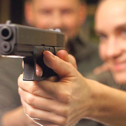 Střelba s instruktorem a bez zbrojního průkazu