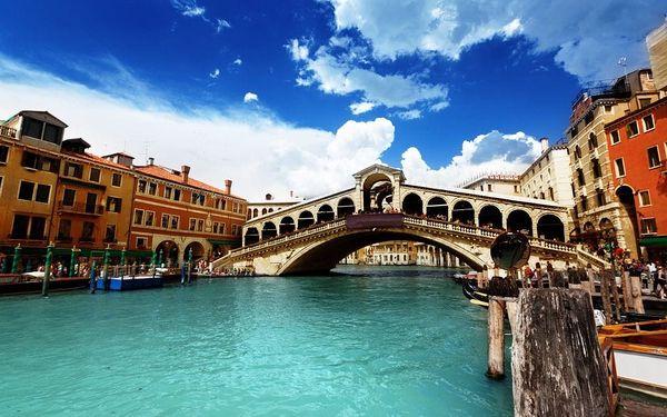 Itálie Benátky karneval 2022 s výlety lodí na ostrovy Murano, Bur..., Benátsko, autobusem, bez stravy2