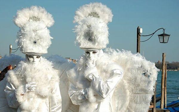 Itálie Benátky karneval 2022 s výlety lodí na ostrovy Murano, Bur..., Benátsko, autobusem, bez stravy5