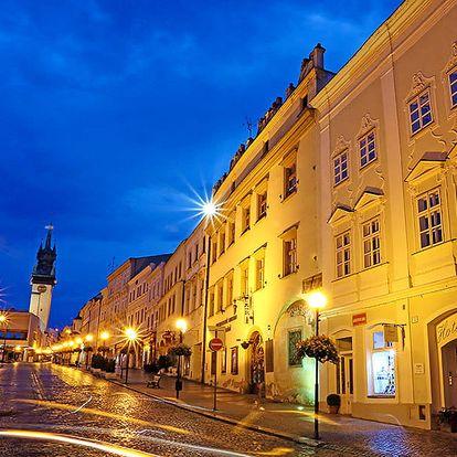 Jaro na Moravě: historické Znojmo v hotelu v srdci města se snídaní a vínem