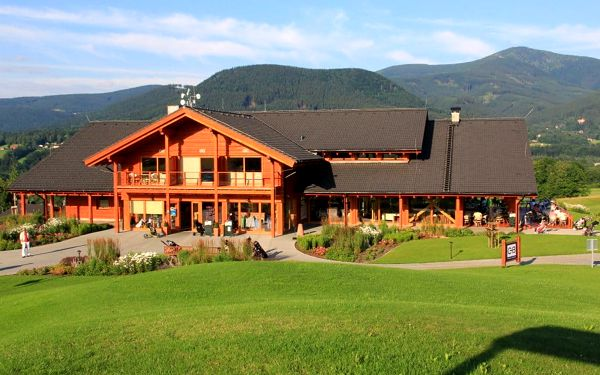 Golf & Ski Resort Ostravice  Green Inn Hotel