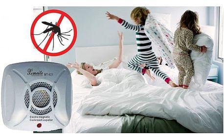 Odpuzovač komárů do zásuvky