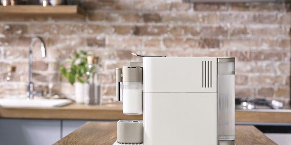 Espresso DeLonghi Nespresso Lattissima EN500.W bílé/béžové3
