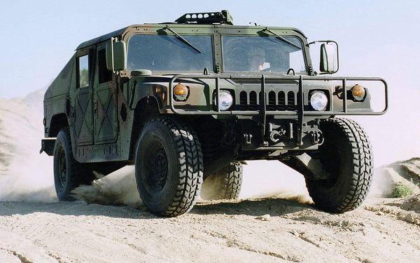 Projížďka ve vojenském Hummeru2