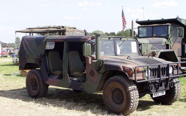 Projížďka ve vojenském Hummeru3