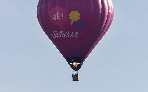 Let balónem4