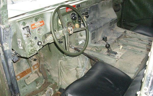 Projížďka ve vojenském Hummeru5